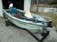 16 FT 1970 Smokercraft V hull aluminum boat & trailer