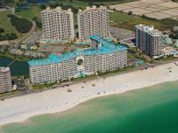 1 Room, 1.5 Bathroom condominium on the beach in