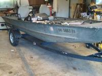 Bass tracker 2, great running boat, comes with 1985