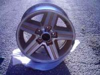 4 - 16in. Iroc aluminum wheels gold inlay, 5 bolt front