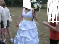 16W Wedding Dress. Dress has never been altered and