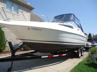 1996 WELLCRAFT 260 CABIN CRUISER This Wellcraft was