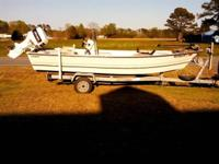 17' Stumpnocker center console, brand new battery,