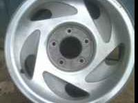 off a Ford f150 17 x 7.50 14mm inset no dings nice