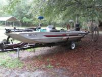 17 ft Bass Tracker with 40 hp eng, trolling motor on