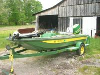 If you're a John Deere fan, you'll enjoy this boat,