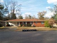 VINTAGE! 3br/1.5 ba in outstanding condition with