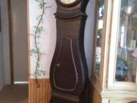 1970 Antique Clock made out of walnut. Great