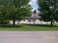 Cape Cod - 2 full bathLot size is 1.2 acres.Quick and