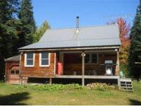 Great cabin with direct snowmobile and ATV trail