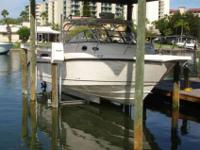 2011 Boston Whaler 305 CONQUEST 30' Boston Whaler 305