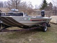 17 ft Bass Tracker tournament TX-17  45HP motor