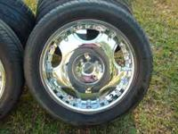 "UNIVERSAL 17"" RIMS AND TIRES ONE CENTER CAP MISSING BUT"