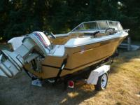 This '77 boat is in very good condition.  Has a boat