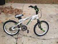 "This is a boys 18"" Razor Kobra Freestyle BMX bicycle"