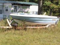 18 foot Ski Boat. Fixer Upper. 3.0 liter Merc Cruser.