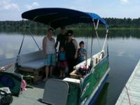 18 ft all electric pontoon boat. This boat has been
