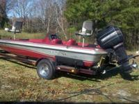 18 ft ProCraft Tournament fishing boat, has great 150