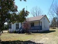 3/2 Wood frame home. New paint, new flooring and very