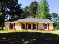 Move In Ready Smiths Station! MOVE IN READY 3 Bedroom,