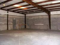Warehouse space with office located in SW Gainesville