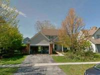 Spacious single family 3 bedroom/2.5 bath home