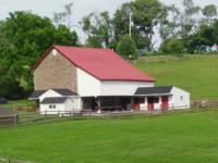 For lease - fully returned bank barn with 12 stalls and