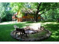 VERY PRIVATE HOME 1 MILE FROM MILLE LACS LAKE! This 1