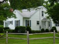 $189,999 / 3 BR-1800 Ft- Chenango Bridge Cape Cod House
