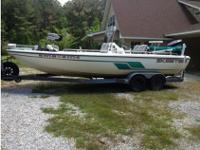 2001 Skeeter ZX2200T, center console powered by Yamaha