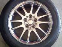 Hi I'm selling these set of 18in 5Lugs chrome rims and