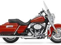 bFLHR Road King/bbrbrSTRONGTimeless boulevard cruiser