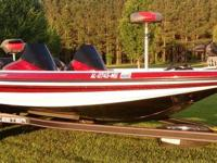 Call Boat Owner Darrin  . Description: 2012 Skeeter