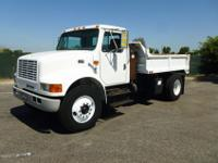 1998 International 4700, DT466E, 190HP, Automatic, A/C,