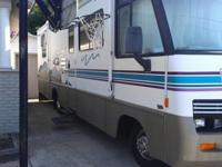 Selling this nice Motorhome for my parents, theyhave