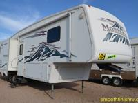 Gorgeous 5Th Wheel 2005 Keystone Montana In Immaculate