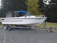 19' Seaswirl runs good, needs TLC.  Comes with a 1998