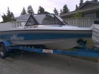 This Twin Vee 19 ft Fishing boat is an excellent bay