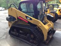 1900 Caterpillar 256C Used skid steer with cab and A/C