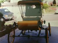 1903 Curved Dash Olds Replica. It is a very well made