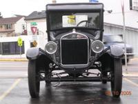 This is a nice 1925 Ford Model T