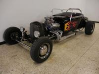 1927 Ford Roadster. 460ci Ford V8 engine w/dual