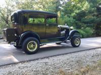 1929 Ford Model A Custom, Black and Brown Exterior,
