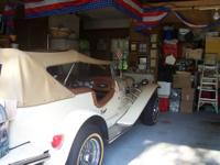 This is a 1929 convertible Kit Car with cream color