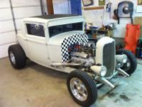Selling my 1930 Chrysler coupe. Aftermatket 1932 Ford