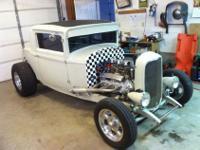 1930 Chrysler coupe. Aftermatket 1932 Ford frame,