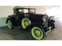 What a cool time capsul from the 30's. This 1930 Ford