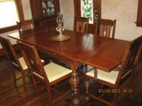 Solid Oak 1930's three piece dinning room set,