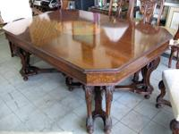 This is a 1930s era Birdseye Maple Dining-room Set. The
