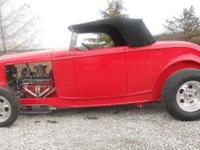 This beautiful 1932 Ford roadster has a 350 8 cylinder